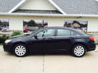 Used 2014 Chrysler 200 LX in Kearney, Nebraska