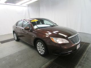 Used 2013 Chrysler 200 Touring in Davenport, Iowa