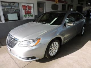 Used 2013 Chrysler 200 Limited in Akron, Ohio