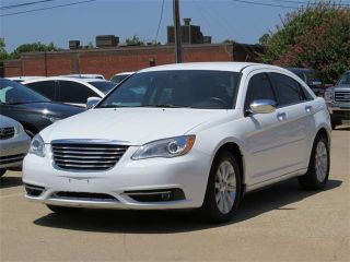 Used 2013 Chrysler 200 Limited in Tyler, Texas