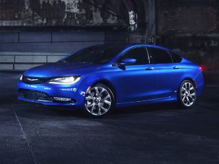 Used 2015 Chrysler 200 S in Hazelwood, Missouri