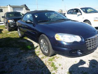 2005 Chrysler Sebring Base