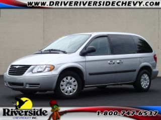 Used 2005 Chrysler Town & Country in Chillicothe, Illinois