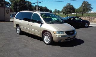 Used 2000 Chrysler Town & Country LXi in Cumming, Georgia