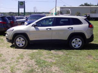 Used 2014 Jeep Cherokee Sport in Jackson, Mississippi