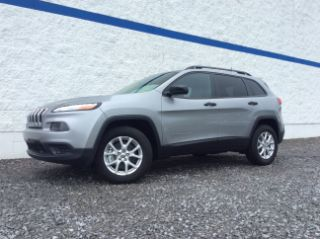 Used 2016 Jeep Cherokee Sport in Summersville, West Virginia