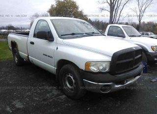 Dodge Ram 1500 ST 2004