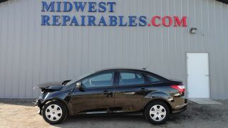 Ford Focus S 2013