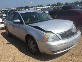 Ford Five Hundred SE 2005