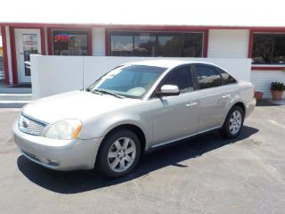 Ford Five Hundred SEL 2006
