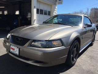 Used 2001 Ford Mustang in Bristol, Connecticut