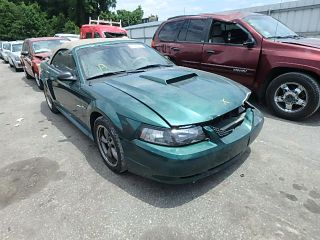 Ford Mustang GT 2001
