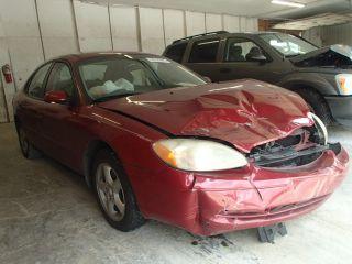 Ford Taurus SE 2002