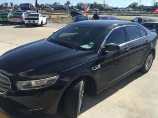 Used 2014 Ford Taurus SEL in Houston, Texas