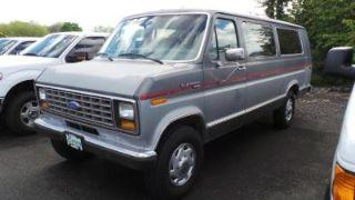 Ford Econoline E-350 1990