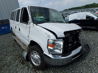 Ford Econoline E-350 2011