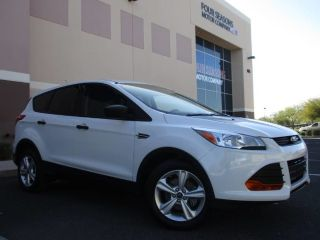 Ford Escape S 2015