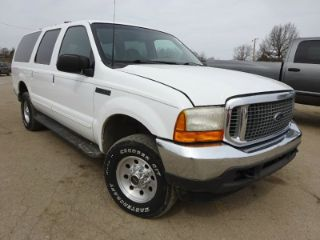 Ford Excursion XLT 2000