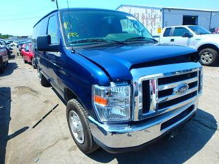 Ford Econoline E-150 2011