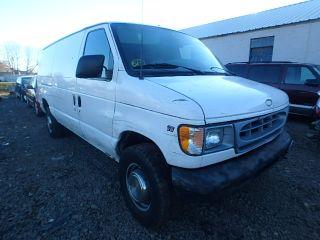 Ford Econoline E-250 2001