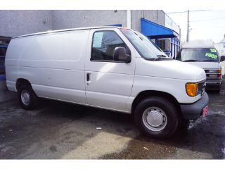 Ford Econoline E-150 2003