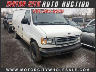 Ford Econoline E-150 2001