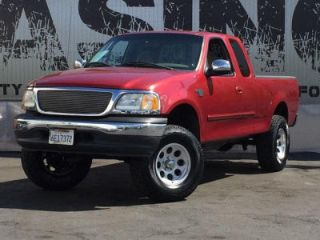 Used 2000 Ford F-150 XLT in Lomita, California