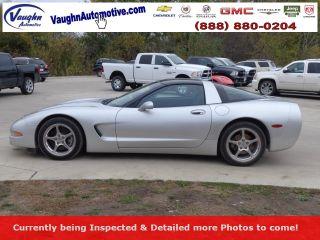 Chevrolet Corvette Base 2002
