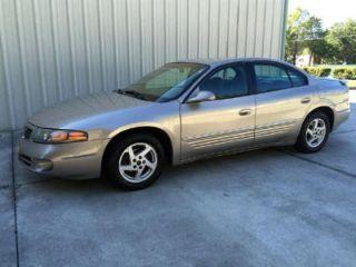 Pontiac Bonneville SE 2003