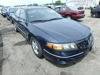 Used 2000 Pontiac Bonneville SE in Chicago Heights, Illinois