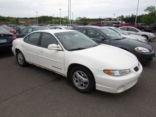 Pontiac Grand Am SE 2001