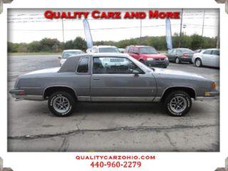 Oldsmobile Cutlass Supreme Classic 1988