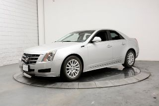 Cadillac CTS Luxury 2011
