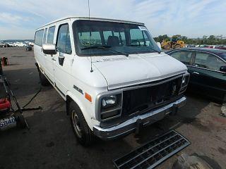 Chevrolet G-Series G30 1995