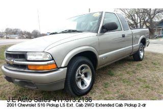 Used 2001 Chevrolet S-10 in Joplin, Missouri