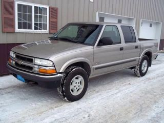 Used 2002 Chevrolet S-10 LS in Sioux Falls, South Dakota