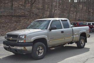 Chevrolet Silverado 2500HD LS 2003