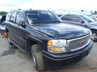 GMC Yukon Denali 2004