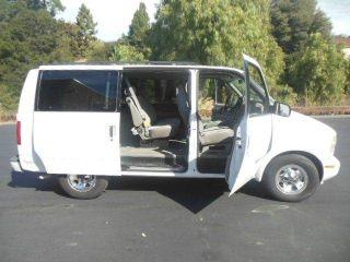GMC Safari SLE 2001