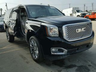Used 2015 GMC Yukon XL Denali in Los Angeles, California