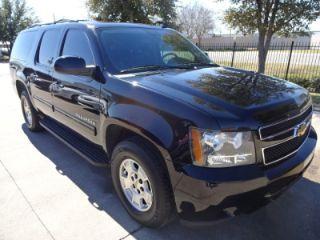 Chevrolet Suburban 1500 LS 2012