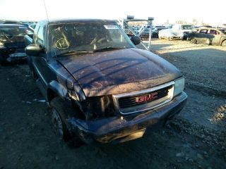 Used 2002 GMC Sonoma in Bridgeton, Missouri