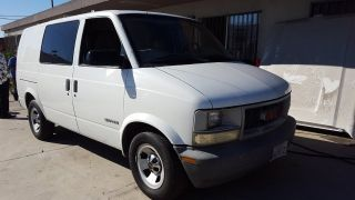 GMC Safari SL 2001