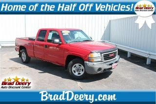 Used 2004 GMC Sierra 1500 Work Truck in Maquoketa, Iowa