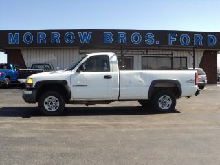 Used 2003 GMC Sierra 2500HD Work Truck in Greenfield, Illinois