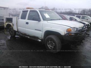 GMC Sierra 2500HD 2003