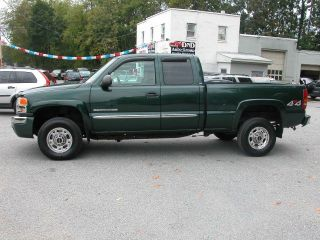 GMC Sierra 2500HD SLE 2003