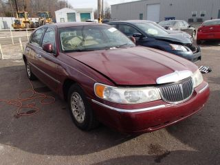 Lincoln Town Car Signature 1998