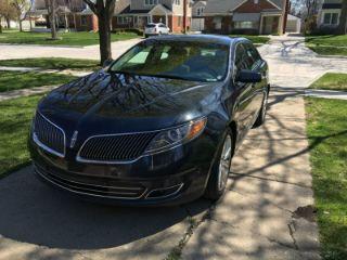 Lincoln MKS 2013