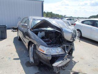 Lincoln Town Car Executive 2003